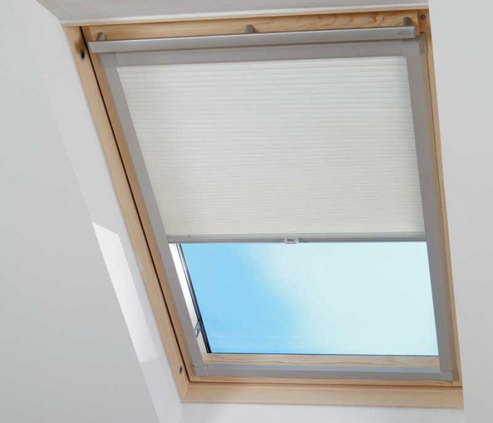 Allied blinds skylight velux skylightvelux blinds for Velux window shades